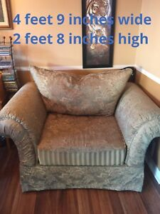 Sofa/ couch/love seat comfy