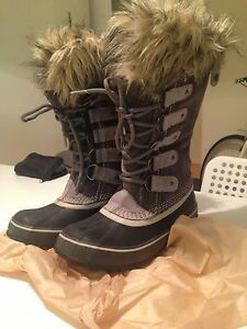Sorel Winter Boots - Size 6