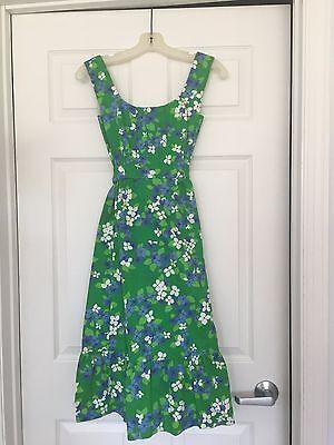 Vintage Women's MALIA HONOLULU Sleeveless Green/ White/Blue Flowered Dress
