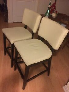 Counter Height White Leather Bar Stools