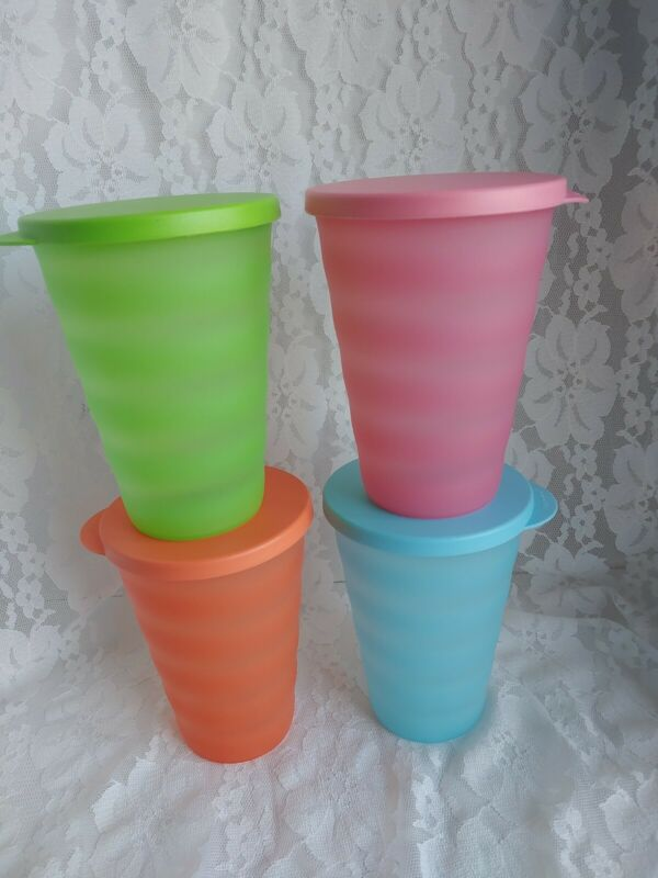Tupperware Impressions 8pc Tumblers Cups Vintage Colors 16oz with Seals NICE Set