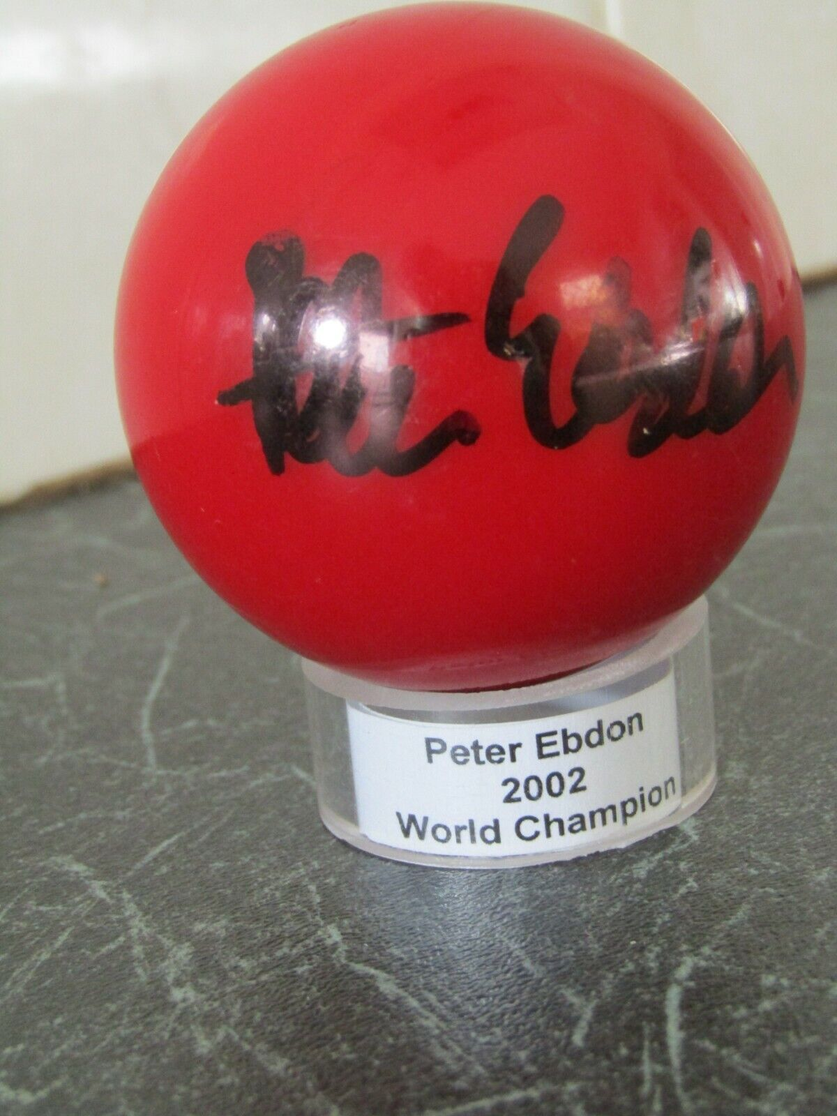 SNOOKER BALL Autographed by PETER EBDON (World Champion 2002), circa.2005/6