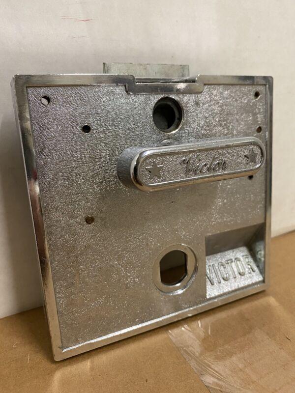 Victor Vending Mechanism