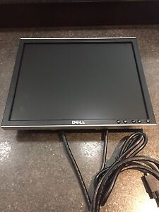 "17"" Monitor Dell - Flat Screen"