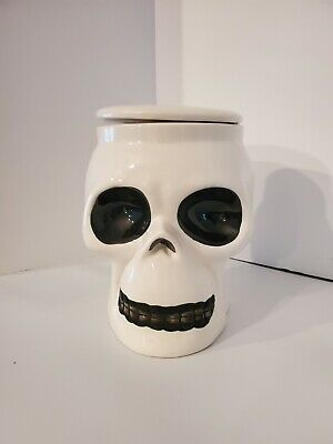 "Skull Cookie Jar Preowned Ceramic 8"" tall by 6.5"" wide Very good"
