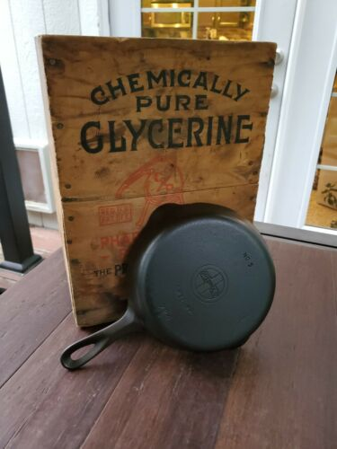 Griswold #5 Cast Iron Skillet With Small block Logo Restored