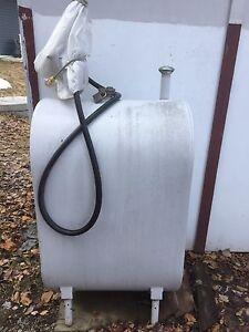 Tank à gaz - 100 gallons  / 455 litres + pompes