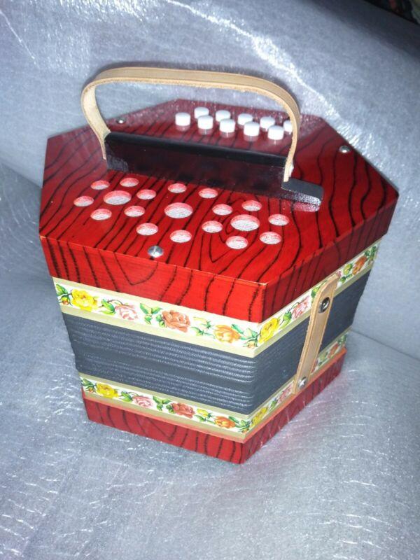 GERMAN Concertina Accordian Squeeze Box Red Wood Grain Flower Design VERY GOOD !