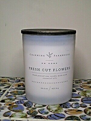 DW Home Charming Farmhouse FRESH CUT FLOWERS Scented Candle Wooden Wick 14.6 oz.
