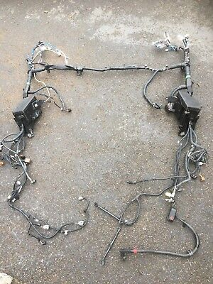 TOYOTA RAV 4 2.2 D-CAT ENGINE BAY WIRING HARNESS LOOM + FUSE BOXES - 2009
