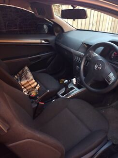 Holden Astra 2 door coupe sport mode automatic Punchbowl Launceston Area Preview