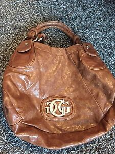 Guess tote purse