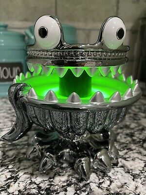 Bath & Body Works Halloween 2021 Monster Light Up Green 3 Wick Candle Holder New