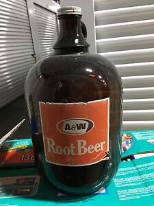 Rare- A&W 1 Gallon bottle