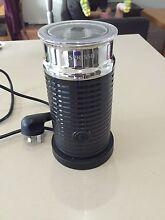 Nespresso De'Longhi U Coffee Machine + Aeroccino Eastwood Ryde Area Preview