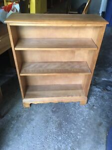 Maple bookshelf