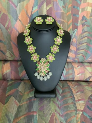 GORGEOUS Stanley Hagler NYC Necklace and Matching  Clip Earrings *SIGNED*