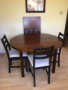IKEA table and chairs $100
