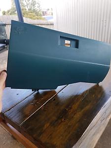 Vk Commodore glove box Havenview Burnie Area Preview