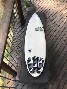 JS industries kingpin surfboard