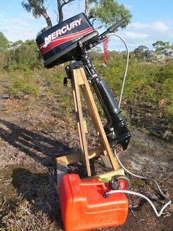 5 HP 2 stroke Mercury outboard motor. Hobart Region Preview