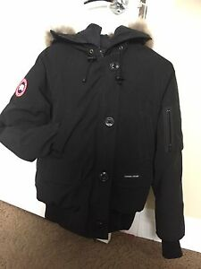 Authentic Canada Goose ladies Chilliwack jacket for sale.  Edmonton Edmonton Area image 9