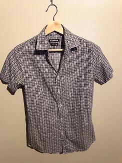 Shirt. Connor.