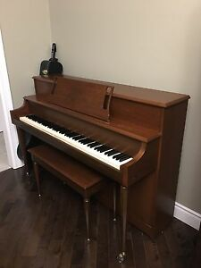 Willis Upright Piano!!
