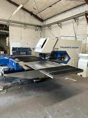 22 Ton Trumpf Trumatic 2000r Cnc Turret Punch 1999 - Low Hourstons Of Tooling