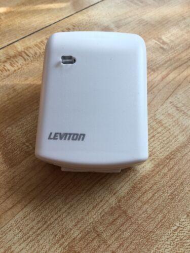 Leviton White Scene Capable Plug-In Lamp Dimming Module RZP03-300W