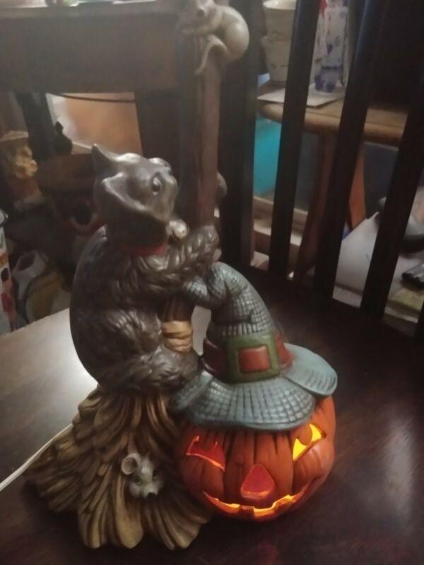Halloween Cat on Broom Mouse Pumpkin Lamp Light