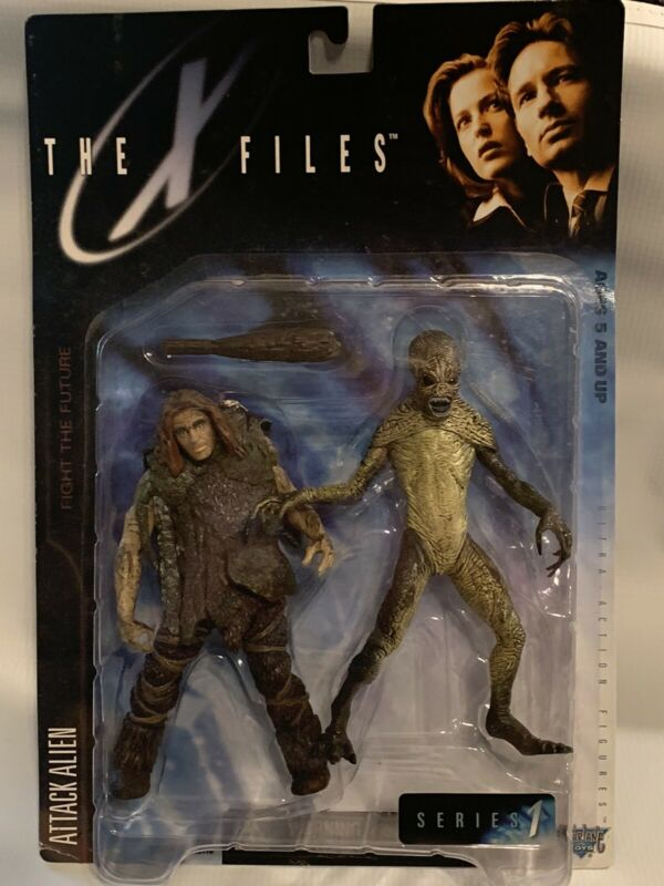 """The X Files Attack Alien Action Figure 6"""" Series 1 Mcfarlane Toys 1998"""