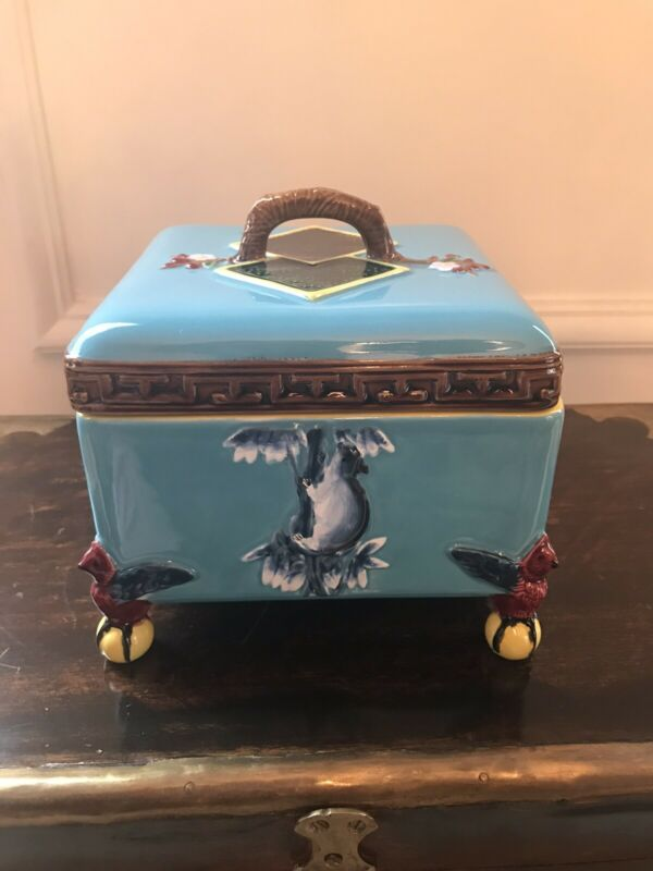Mottahedeh Turquoise Box