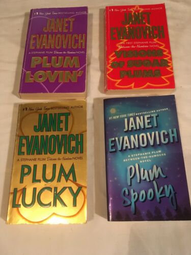 Lot JANET EVANOVICH complete BETWEEN THE NUMBERS Plum Lovin SPOOKY lot of 4