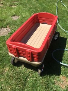Kids red Radio Flyer pull wagon large and sturdy