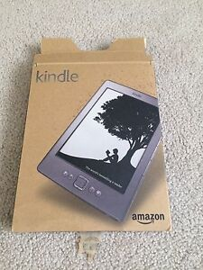 IN BOX AMAZON KINDLE with CASE and CHARGING CABLEl Cambridge Kitchener Area image 1