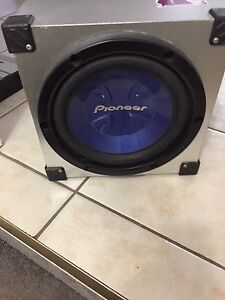 """^^* 10"""" PIONEER SUBWOOFER IN ENCLOSURE ONLY 99 DOLLARS WIH BOX!!"""