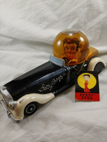 Extremely Rare! © 1999 BETTY BOOP in Car Figurine Globe Statue