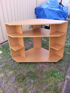 Corner TV entertainment unit/ stand Padstow Bankstown Area Preview