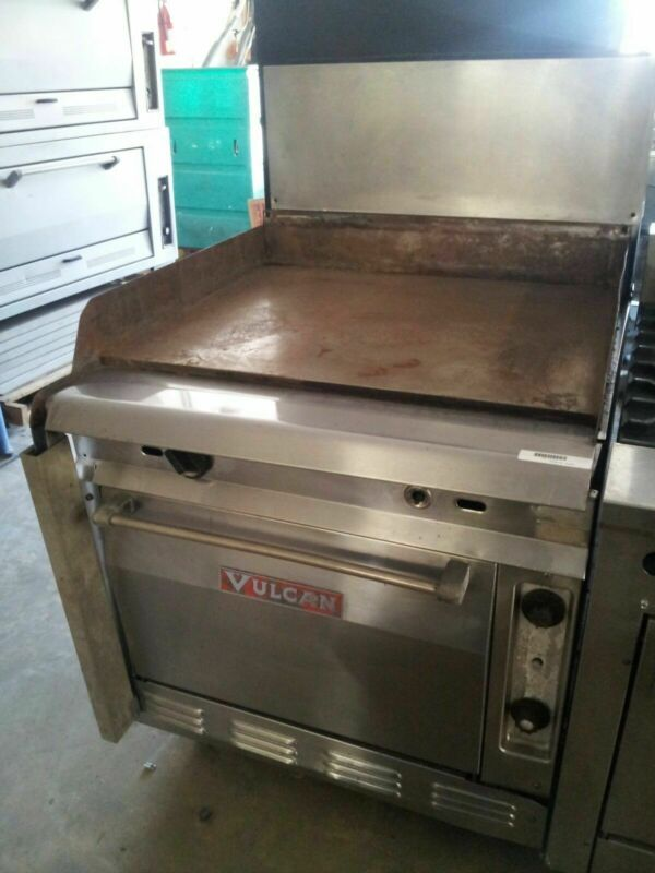 """Vulcan 36"""" Flat Top with Oven – VGM36S"""