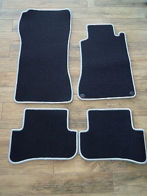 1 Satz Original Mercedes-Benz Rechtslenker Fußmatten für CLK in schwarz  NEU