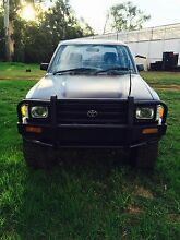 Toyota Hilux duel cab 1992 Wandin East Yarra Ranges Preview