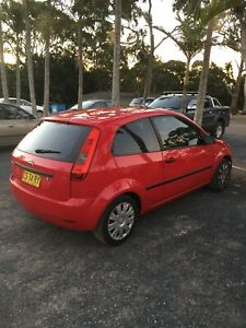 2004 Ford Fiesta rego till Feb low Km's