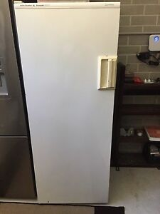 Kelvinator upright freezer 290 litres Floreat Cambridge Area Preview