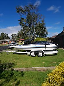 Camero ski boat Mount Gambier Grant Area Preview