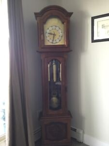 Urgos German grandfather clock