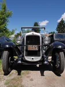 """1928 Pontiac Oakland. """"rare find"""""""
