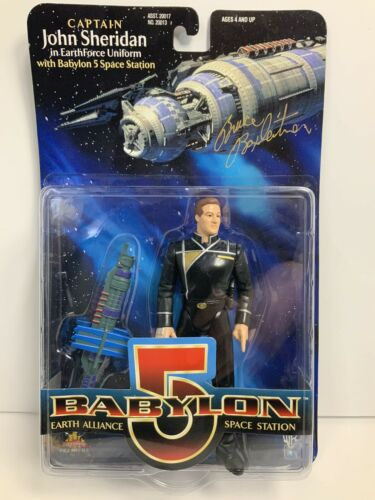 Babylon 5 Captain John Sheridan Collectible Figure & Signed By Bruce Boxleitner
