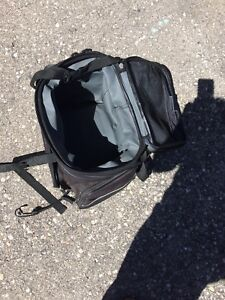 Bicycle carrying bag