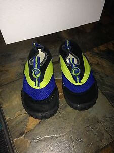 Kids 12 Water Shoes New Condition